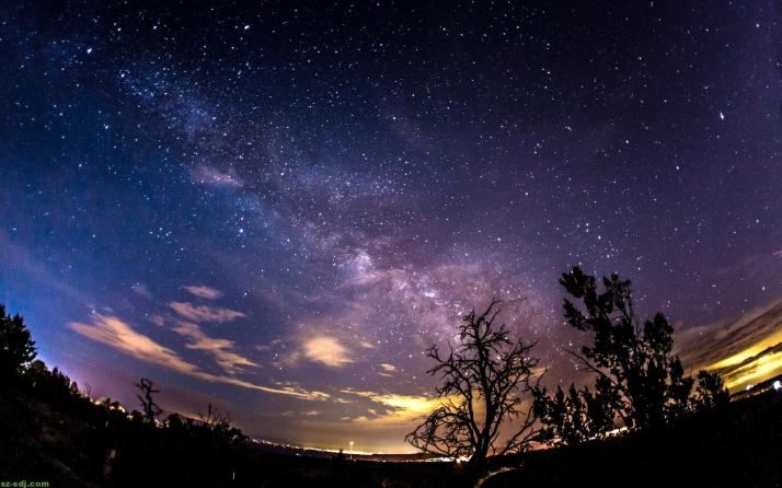 Awesome-Night-Milky-Way-Wallpaper-Android